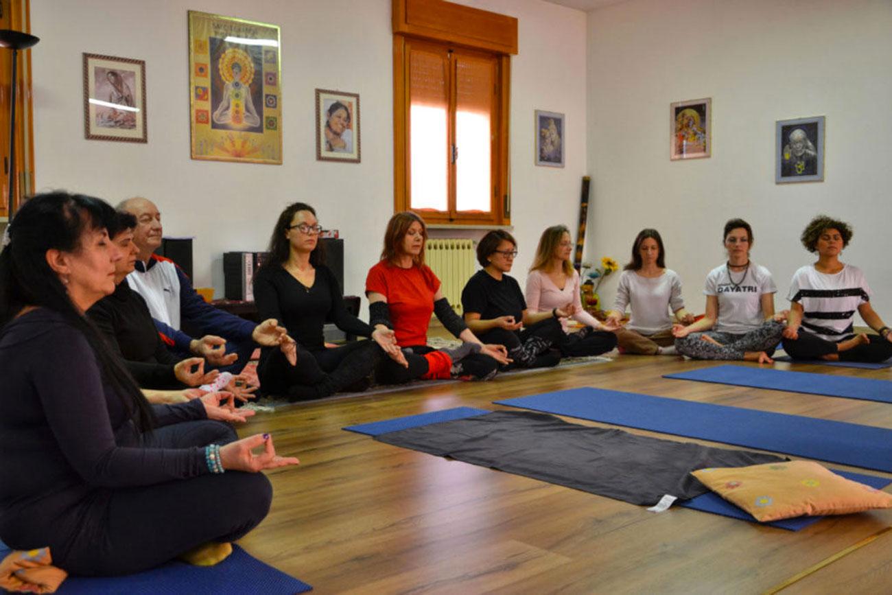 Meditazione-Yoga-Studio Gayatri-Monza-surya