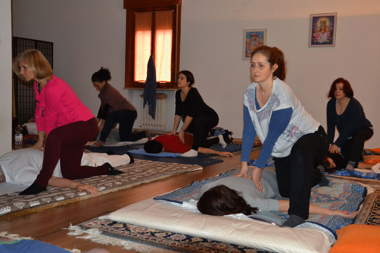 Massaggio-Shiatsu-Naturopatia Olistica-Benessere-Studio Gayatri-Monza