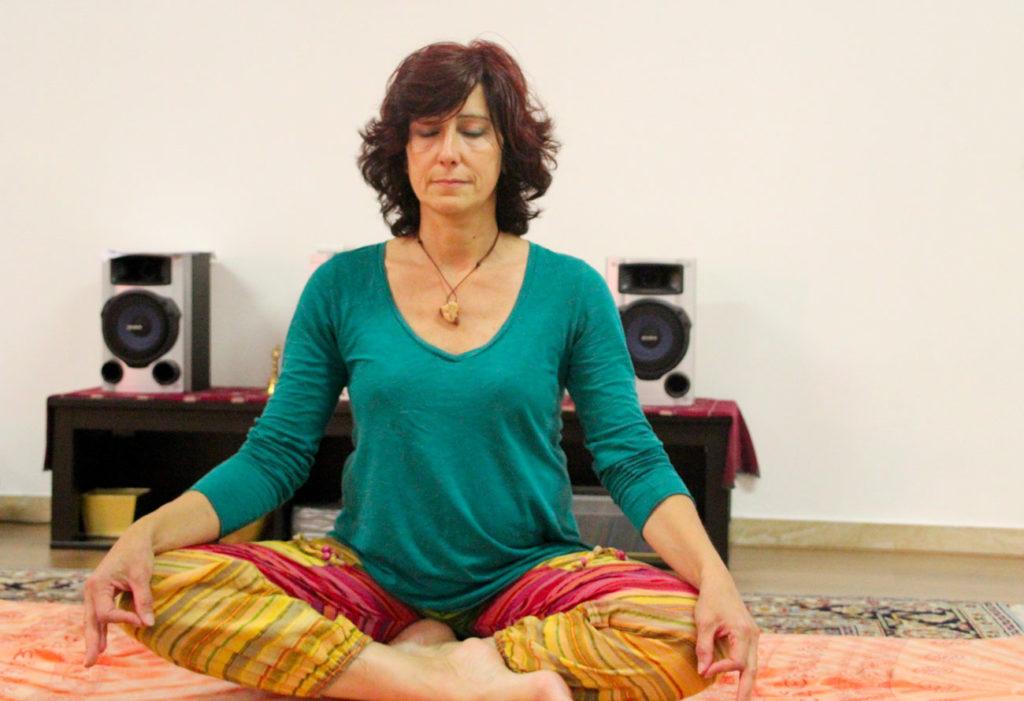 Conny insegnante yoga integrale a Monza