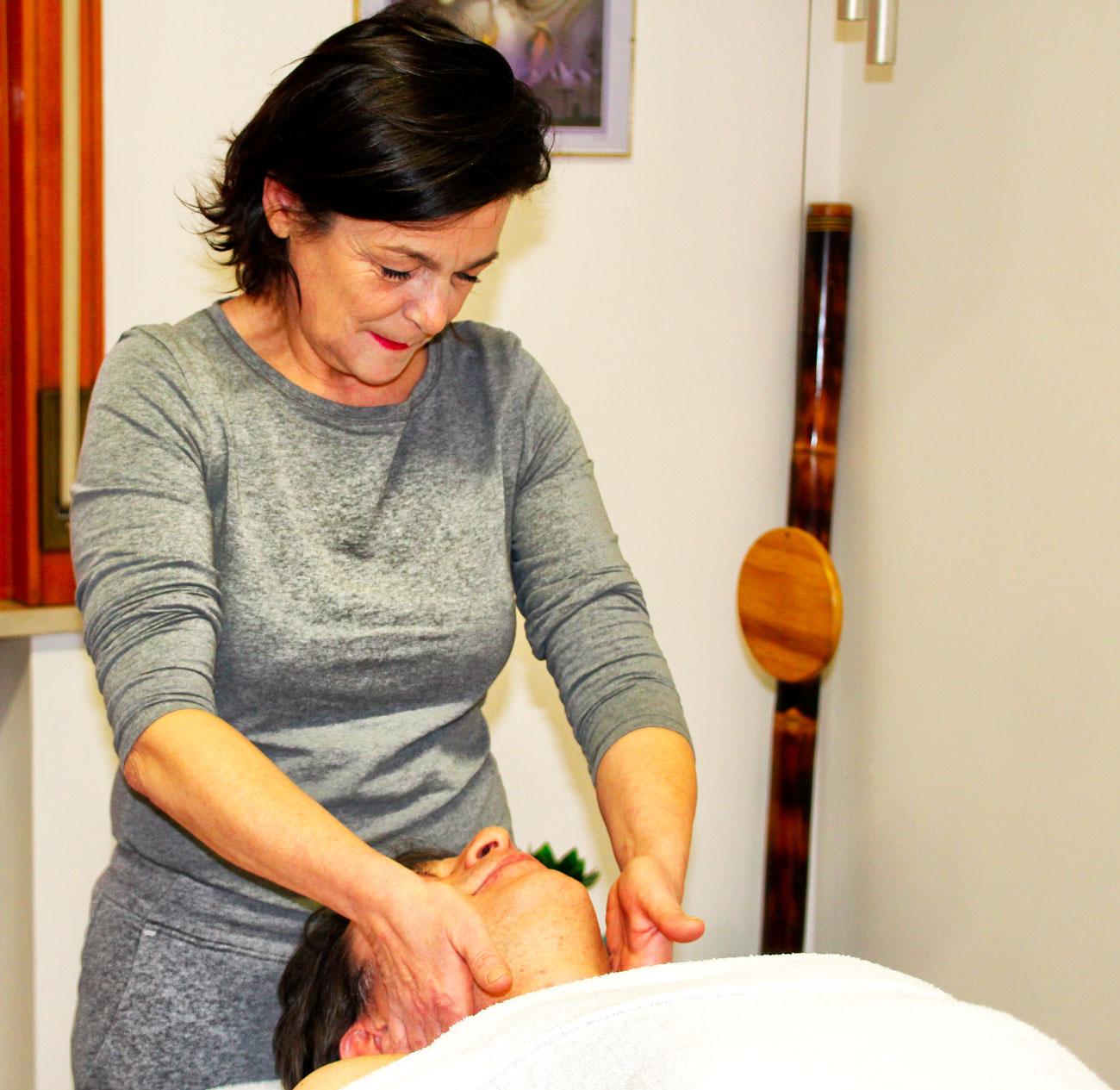Massaggio-Linfodrenaggio-Vodder-Studio-Gayatri-Monza
