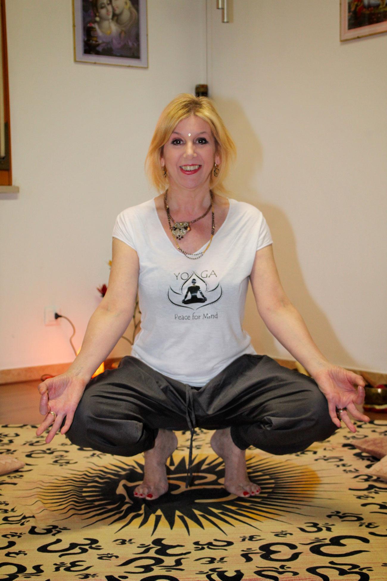 yoga-terapeutico-surya-studiogayatri-monza